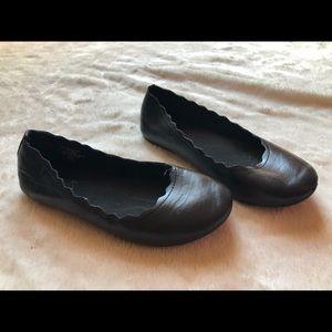 Little girl black shoes